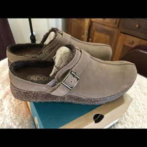 SPORTO MARY MULES IN TAN SUEDE NEW IN BOX SIZE 9.5